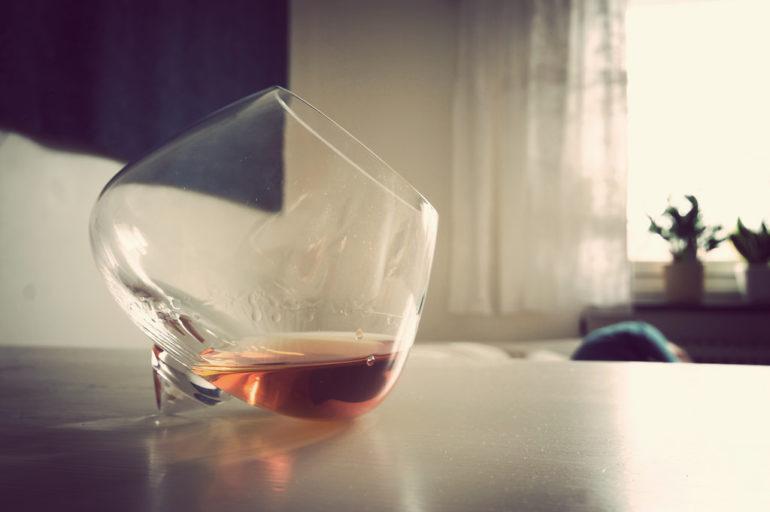 Experimental-Cognac-Glass-by-Johan-Larsson