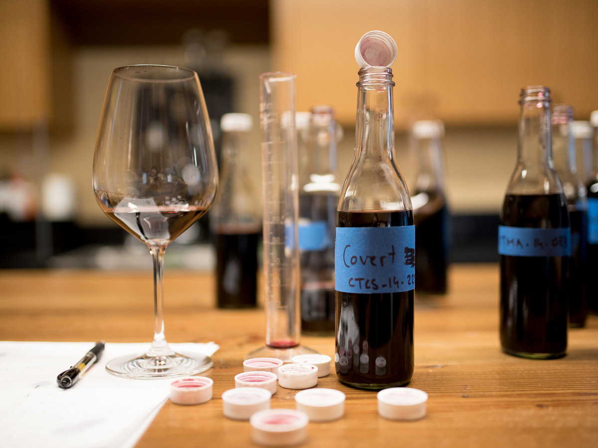Julien-Fayard-Wine-Blending-Samples
