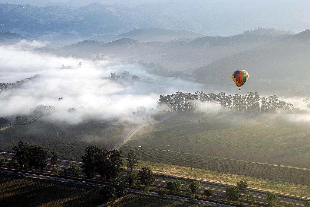 napa-valley-fog-balloons-gunther-hagleitner