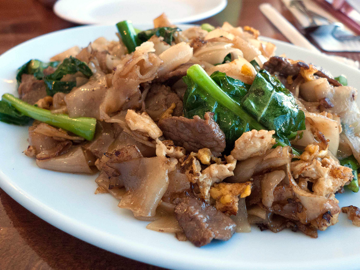 Pad See Ew - Thai Noodle Dish by Ernesto Andrade