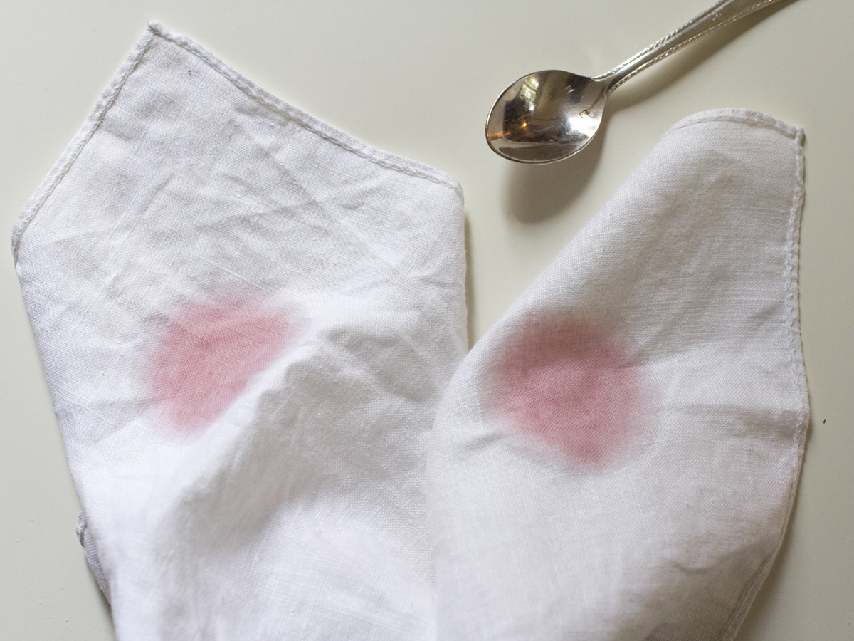Removing-red-wine-stains-from-linen