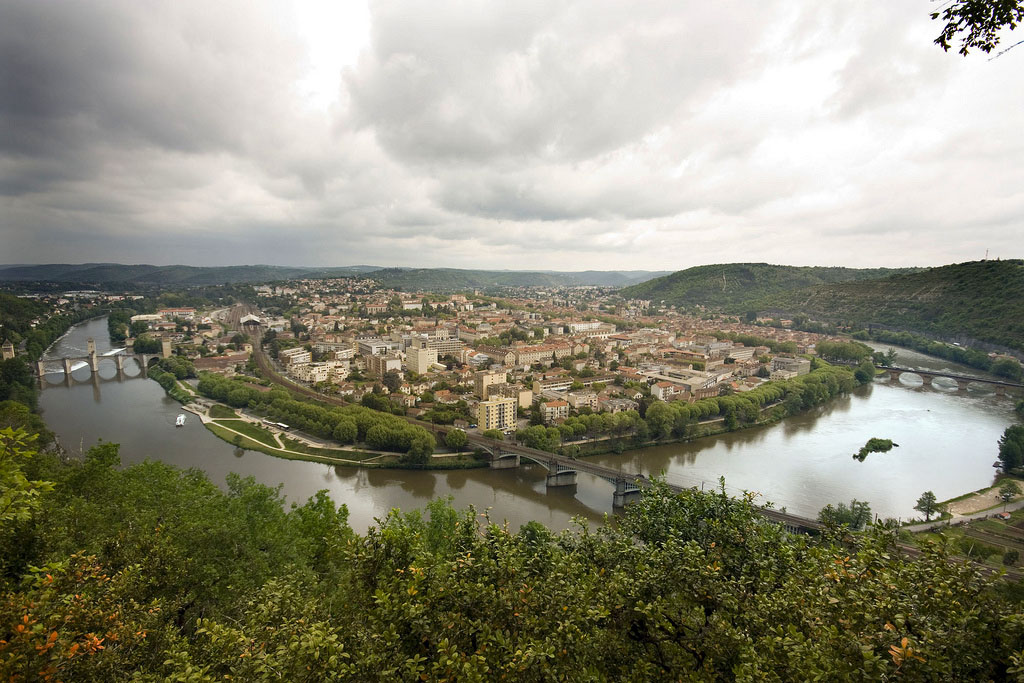 cahors-river-lot-view-malbec-france