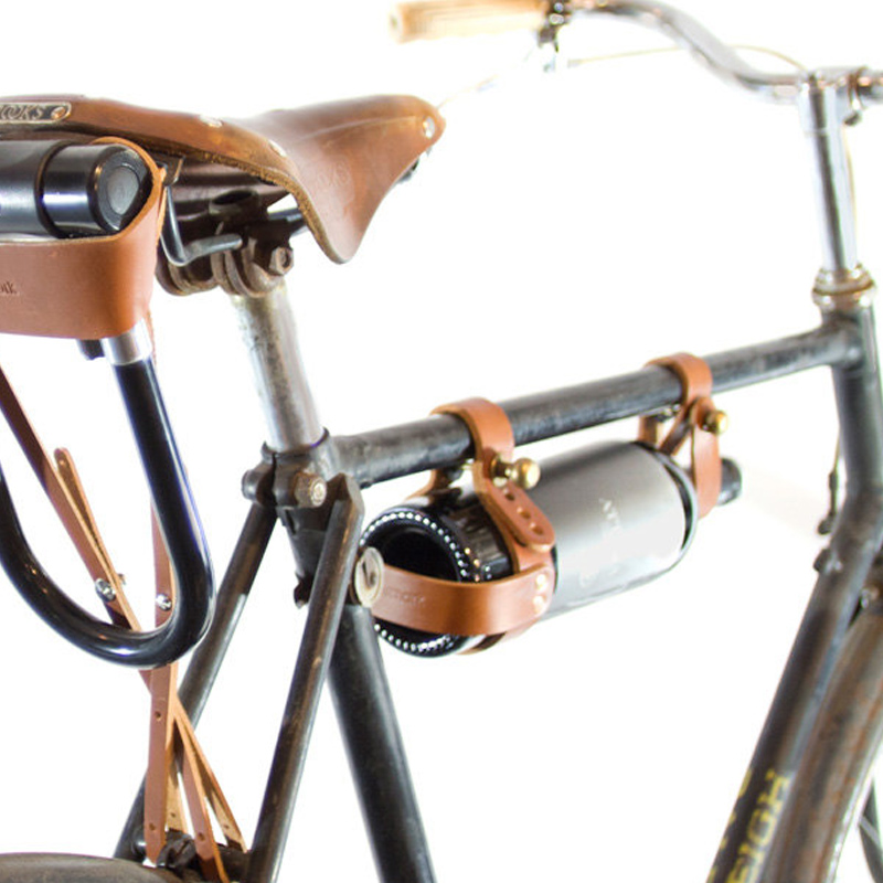 gg-leather-bicycle-wine-bottle-carrier
