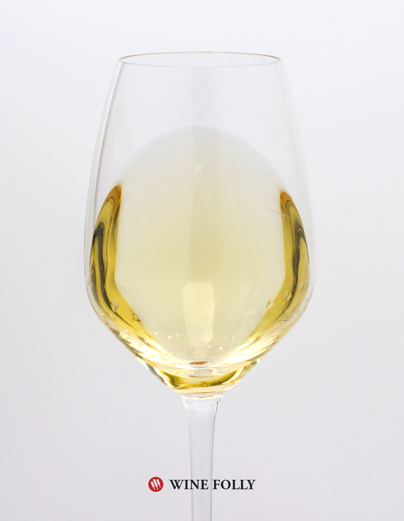 glass-of-Viognier-PasoRobles-Carucci-2013