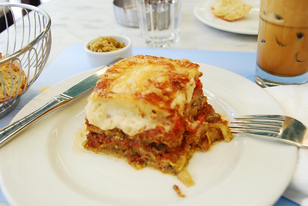 moussaka-lasagna-namealus