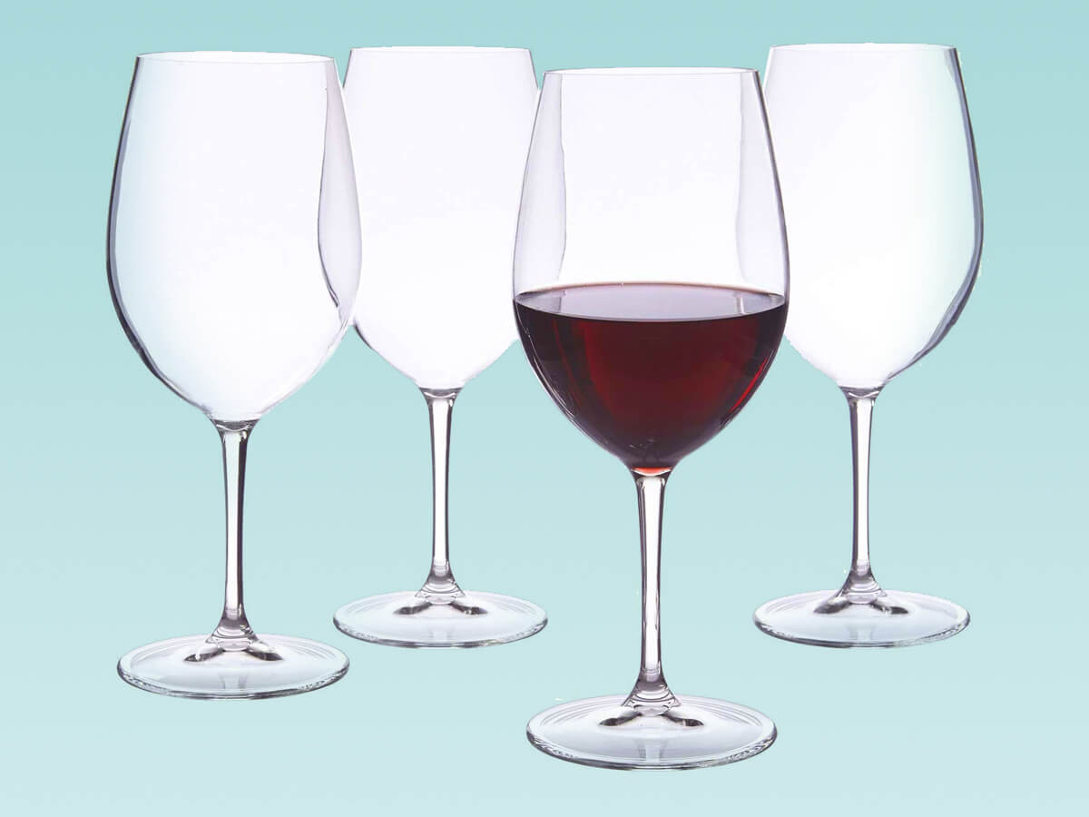 Plastic Pool-safe acrylic wine glasses made in USA