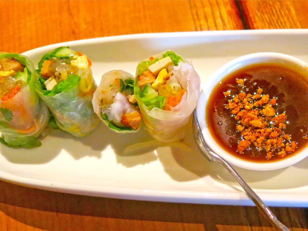 torbak-hopper-thai-spring-rolls