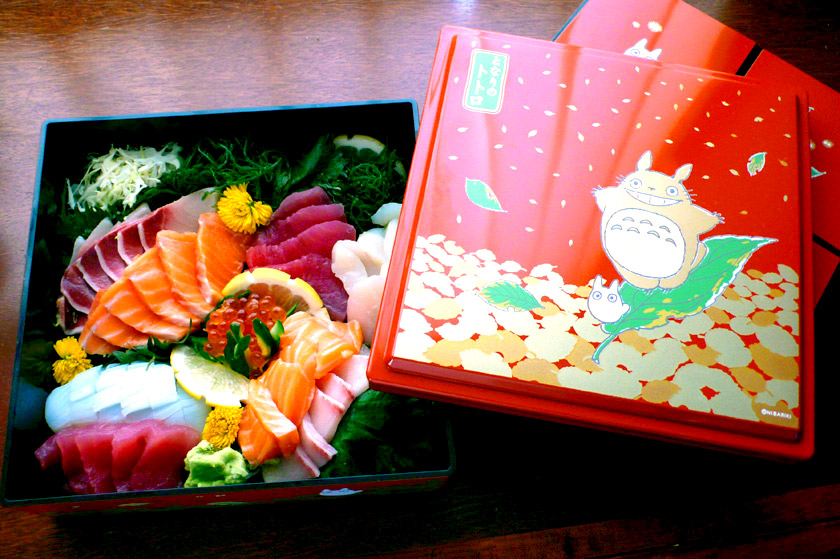 Totoro Bento Box of Sashimi by Chotda