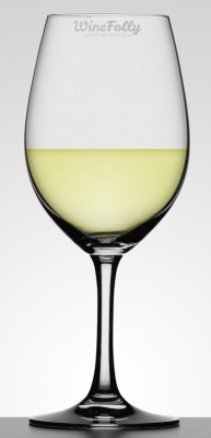 Unoaked Chardonnay in a Glass