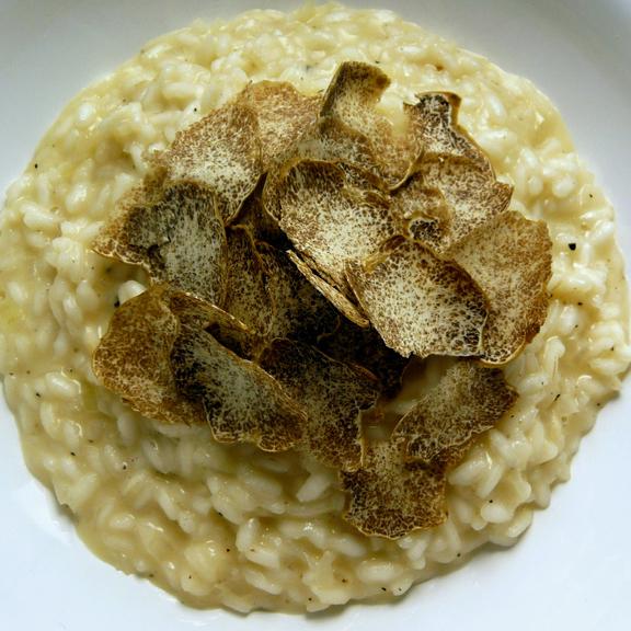 white-truffle-risotto-wine-pairing