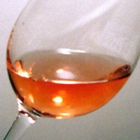white zinfandel glass