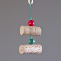 Simple Wine Cork Ornaments