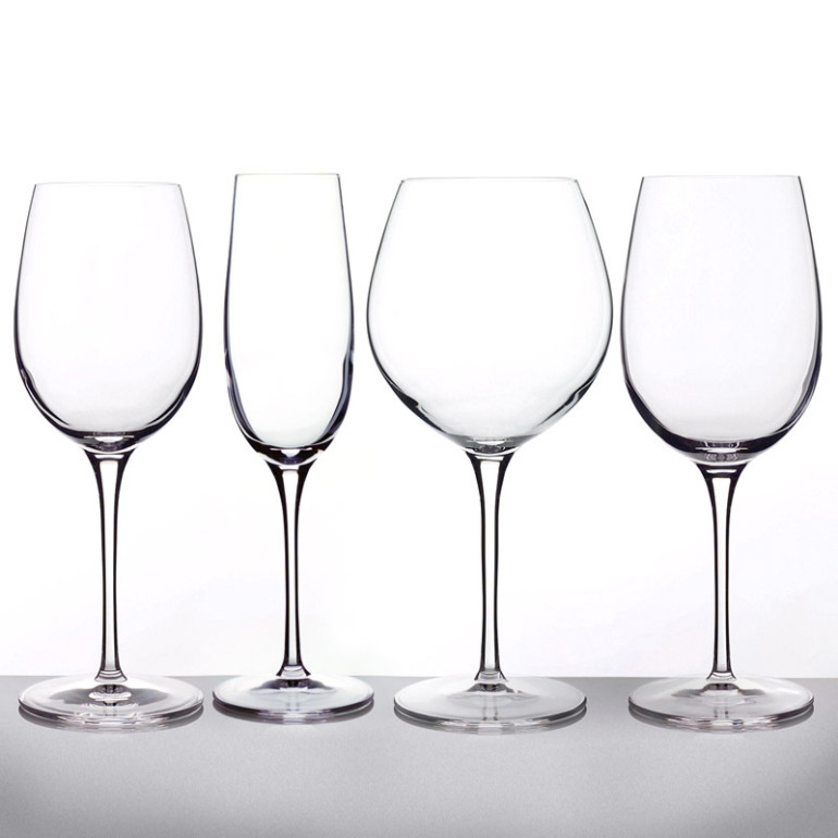A decent set of Italian wine glasses
